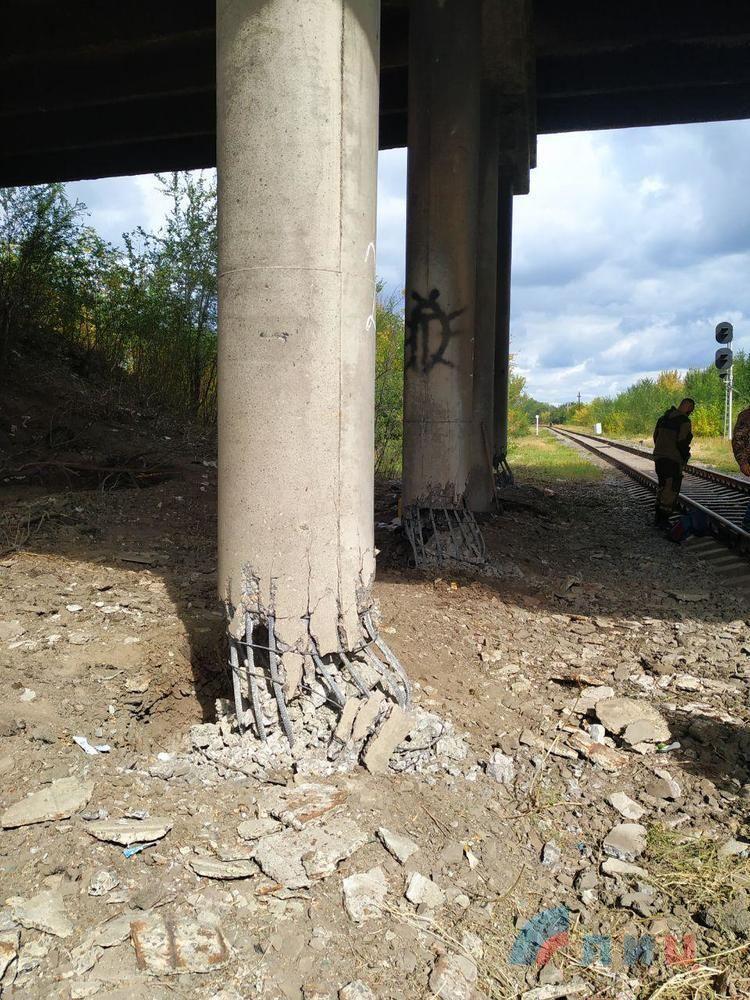 вибух моста у Луганську