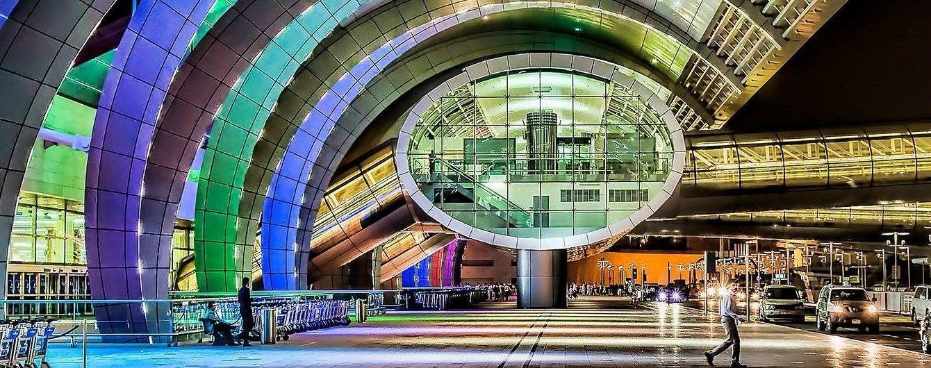 У аеропорту Дубая пасажирів доставлятимуть до виходів на таксі