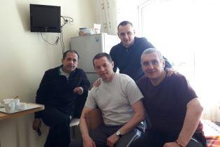 Сенцов посетил в больнице освобожденных пленников Кремля