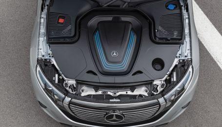 Mercedes отказывается от разработки топливных двигателей