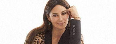 В строгом костюме и леопардовом пальто: стильный лук Моники Беллуччи
