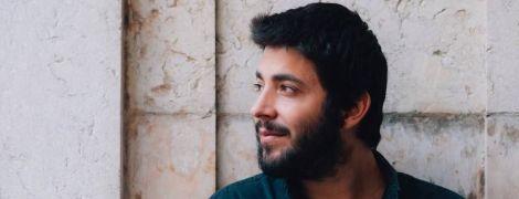 До Києва прилетів переможець Євробачення-2017 Сальвадор Собрал: португалець дасть сольний концерт