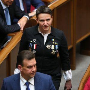 Экс-нардеп Надежда Савченко станет ведущей на телеканале, который связывают с Медведчуком