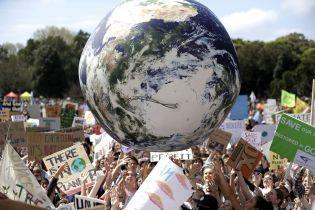 США офіційно повернулися до Паризької кліматичної угоди