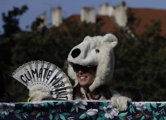 В усьому світі відбуваються масштабні кліматичні страйки. До протестів долучилася й Україна