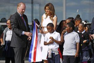 Вот это красотка: Мелания Трамп в белоснежном платье Prada на открытии памятника