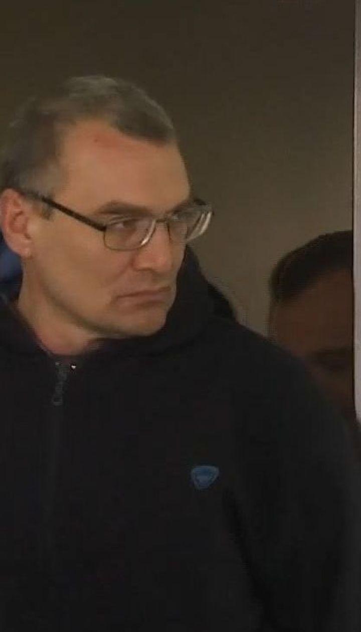 Чоловіка, якого підозрюють у потрійному вбивстві у Миколаєві, узяли під арешт на два місяці