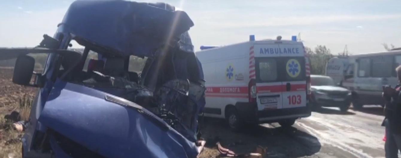 Трагическое ДТП маршрутки в Одесской области. В полиции выяснили, кто виноват в аварии