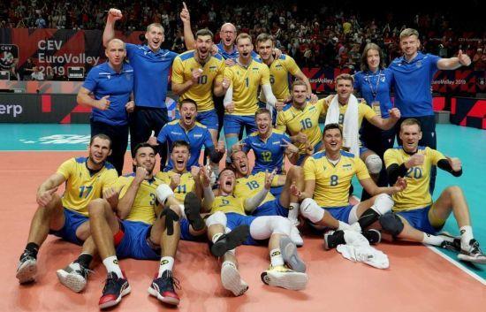 Збірна України здійснила неймовірний камбек і вперше в історії вийшла до чвертьфіналу Чемпіонату Європи з волейболу
