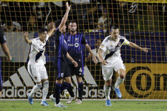 """Його не зупинити. Ібрагімович забив 27-й гол у сезоні за """"Лос-Анджелес Гелаксі"""""""