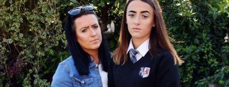 Занадто коротка спідниця: британську школярку змусили перевдягнутися шість разів