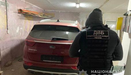 В Одесі поліція затримала члена банди автокрадіїв. Відео
