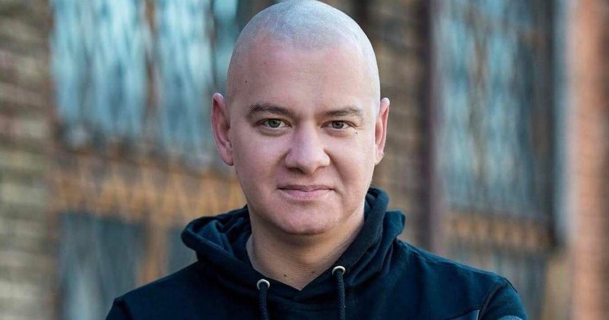 Евгений Кошевой трогательно обратился к покойному отцу и показал его фото