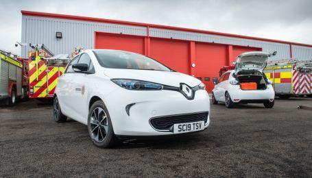 Пожежники Шотландії закупили серйозну партію електрокарів Renault