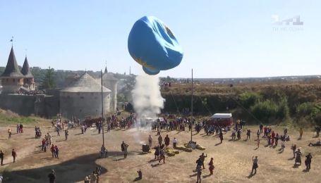 В Каменце-Подольском воссоздали исторический запуск первого воздушного шара
