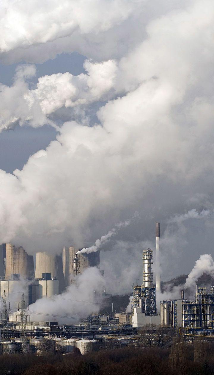 Пандемія коронавірусу викликала масштабне скорочення щоденних викидів вуглецю