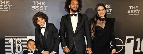 Стильні та яскраві. У чому завітали світові зірки на церемонію вручення ФІФА