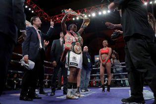 Американская боксерша собирается побить рекорд Ломаченко