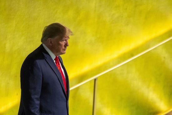"""Справа імпічменту: у США анонсували висунення офіційних звинувачень. Трамп попросив зробити """"все швидко"""""""
