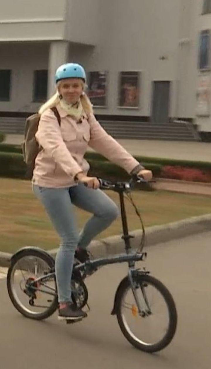 ТСН исследовала, что удобнее: велосипеды или электрические самокаты и моноколеса