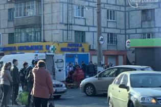 В Мариуполе на переходе легковушка сбила двух детей