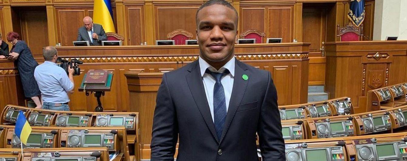Депутат-борець Беленюк про роботу в Раді: Засідання у нас не щодня, зможу поєднувати спорт і політику