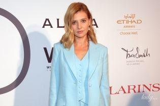 В небесно-голубом костюме и c красивой укладкой: Елена Зеленская в стильном луке в Нью-Йорке