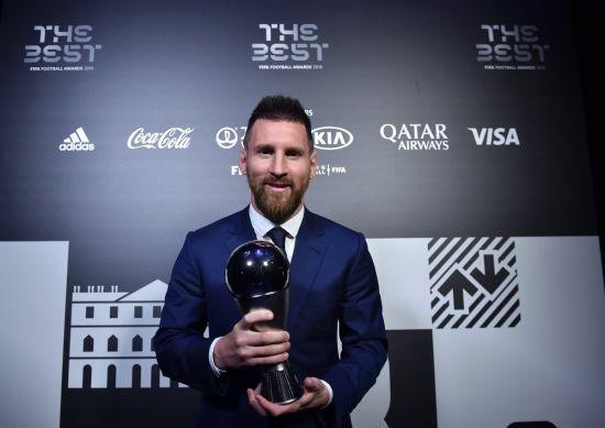 Ще один учасник голосування за найкращого гравця планети звинуватив ФІФА у махінаціях