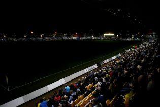 Футбол у темряві. Арбітр компенсував майже пів години в матчі Кубка англійської Ліги