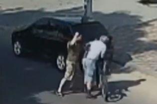 Ветеран АТО избил мужчину в Кропивницком за замечание