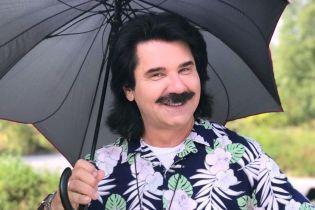 Павел Зибров порадовал фанов песней про свои легендарные усы