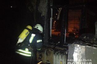 Неизвестные проникли в детский сад в Киеве и устроили поджог