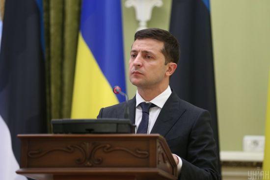 В Україні з'явиться новий Фонд: Зеленський узявся за підтримку освіти, науки й спорту