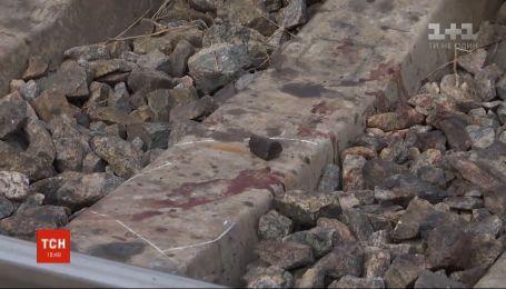 Скоростной поезд насмерть сбил трех человек, которые переходили пути на Запорожье