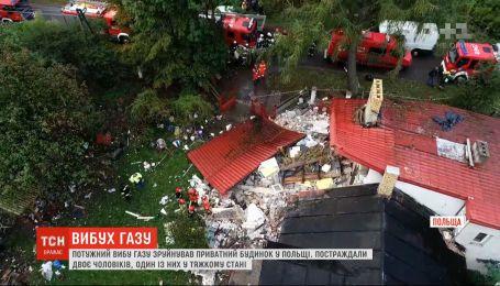 В Польше мощный взрыв газа разрушил двухэтажный дом
