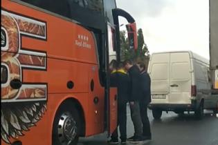 Очевидец снял место столкновения автобуса и мини-буса в Киеве