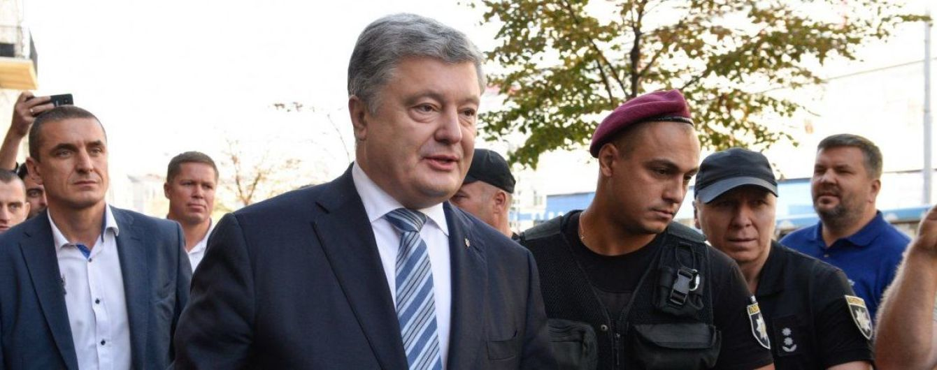 Порошенко посоветовал Зеленскому не встречаться с Путиным с глазу на глаз