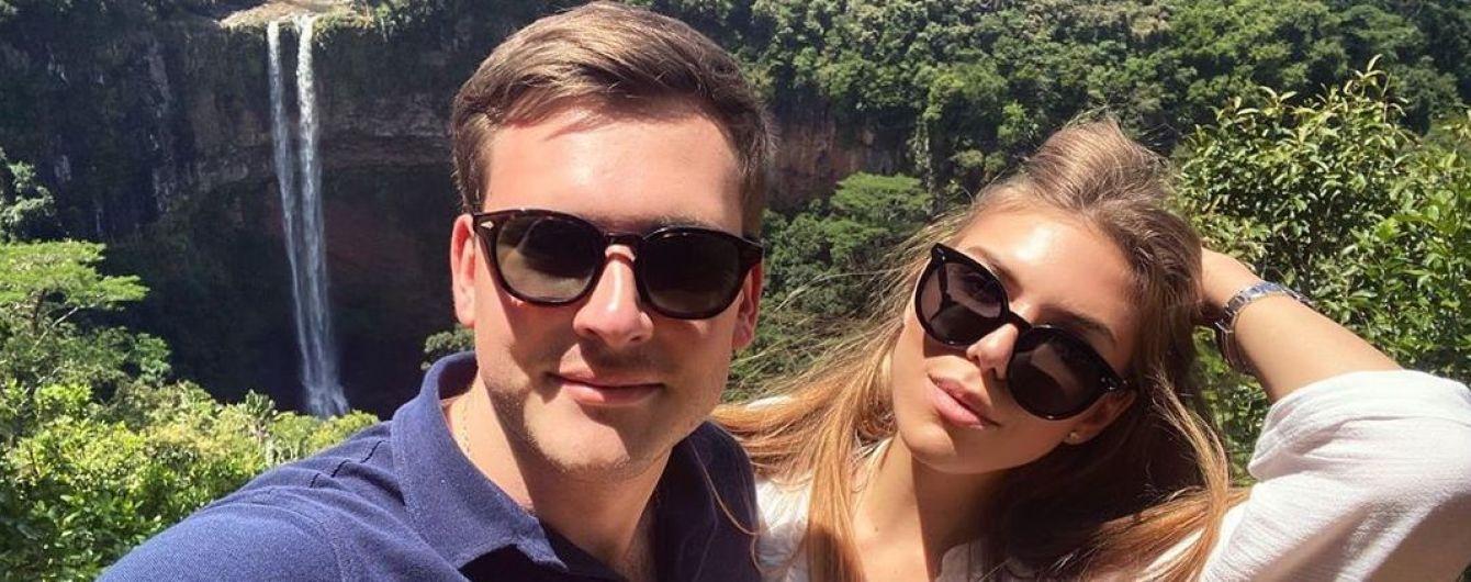 Певица Ассоль умилила редкими фотографиями с мужем