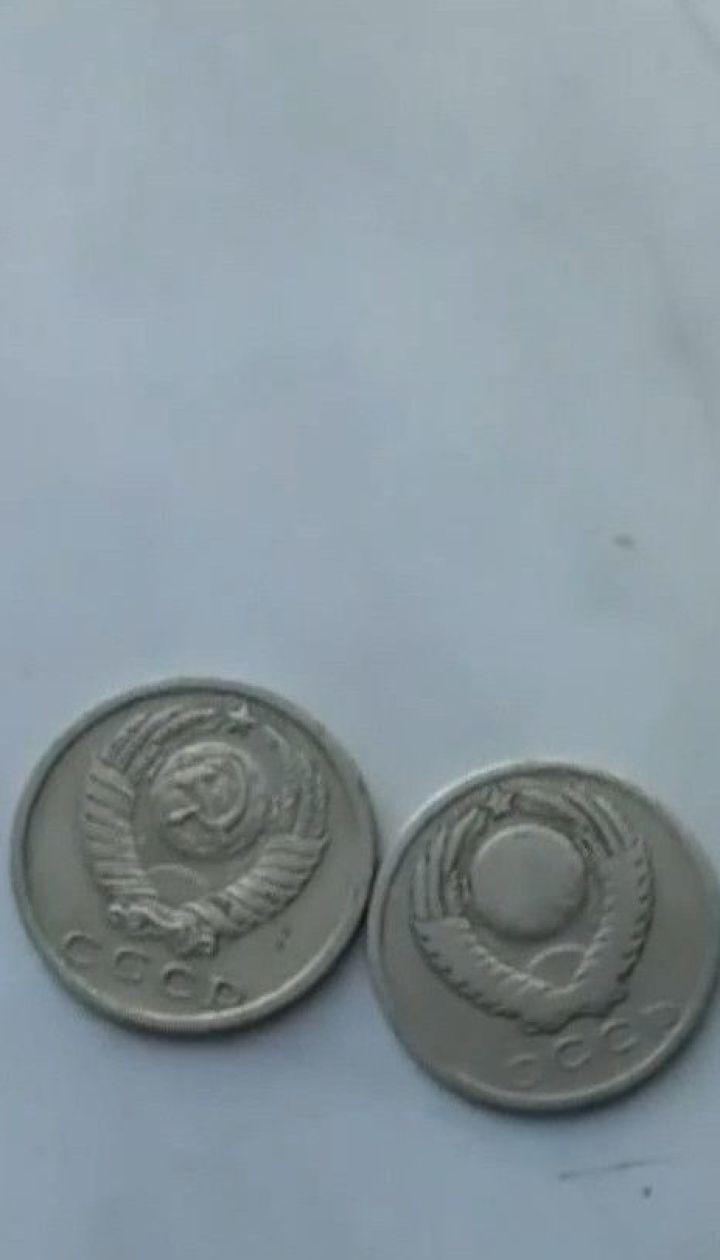 На сумському залізничному вокзалі замість жетонів до камери схову видають радянські монети