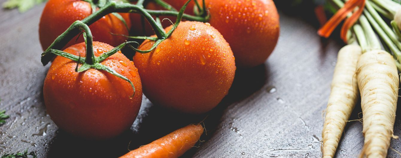 Эксперты объяснили, почему помидоры подорожали вдвое