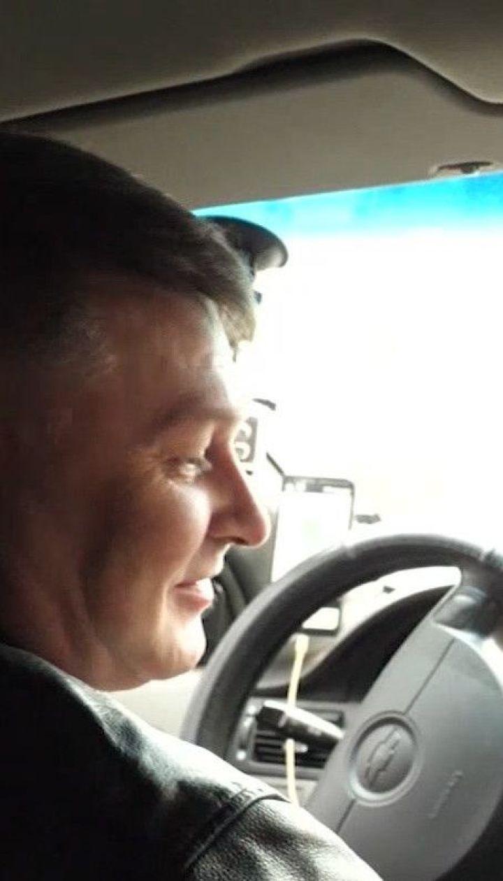 """""""Выходите без звонка"""": как проходит обычный день водителя столичного такси"""