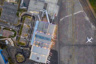 """В аэропорту """"Киев"""" придумали бонус для водителей за парковку авто"""