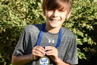 Свернул не туда: в США девятилетний мальчик случайно победил в 10-километровом забеге