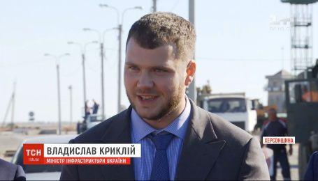 Никаких регулярных перевозок с оккупированным Крымом не восстановят - министр инфраструктуры