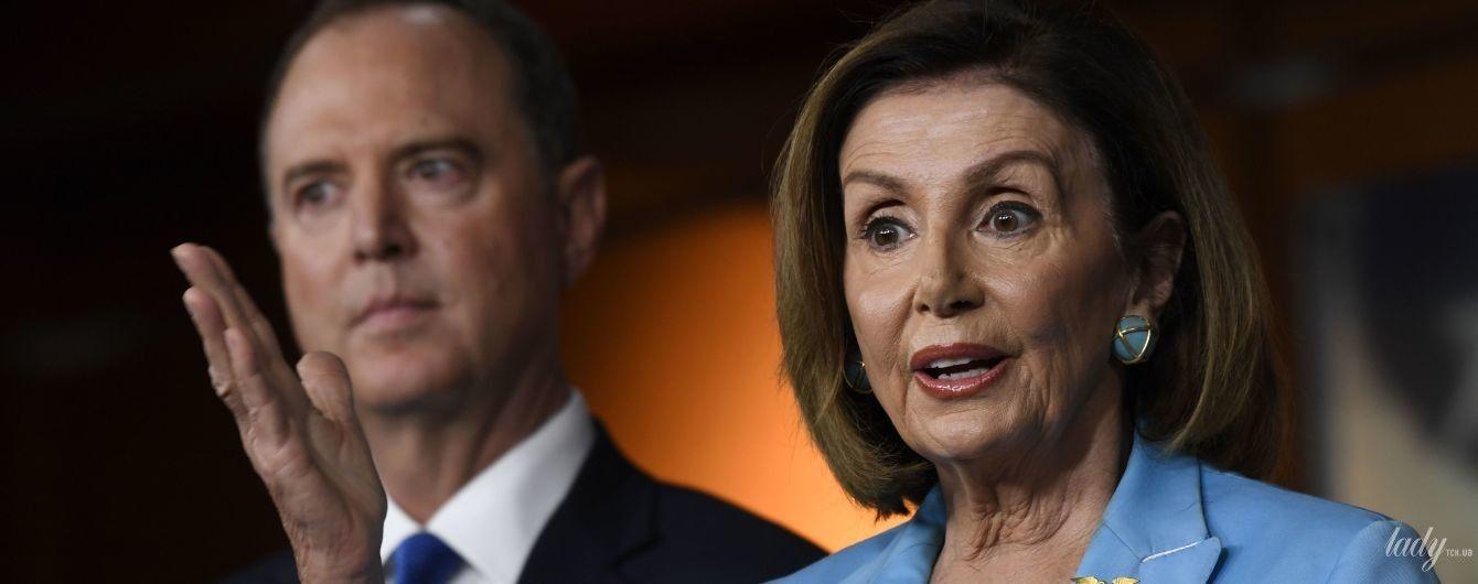 Теперь в голубом костюме: деловой образ спикера палаты представителей США