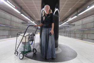 Бездомная мигрантка из России исполнила в метро Лос-Анджелеса оперную арию: ей уже предложили записать альбом