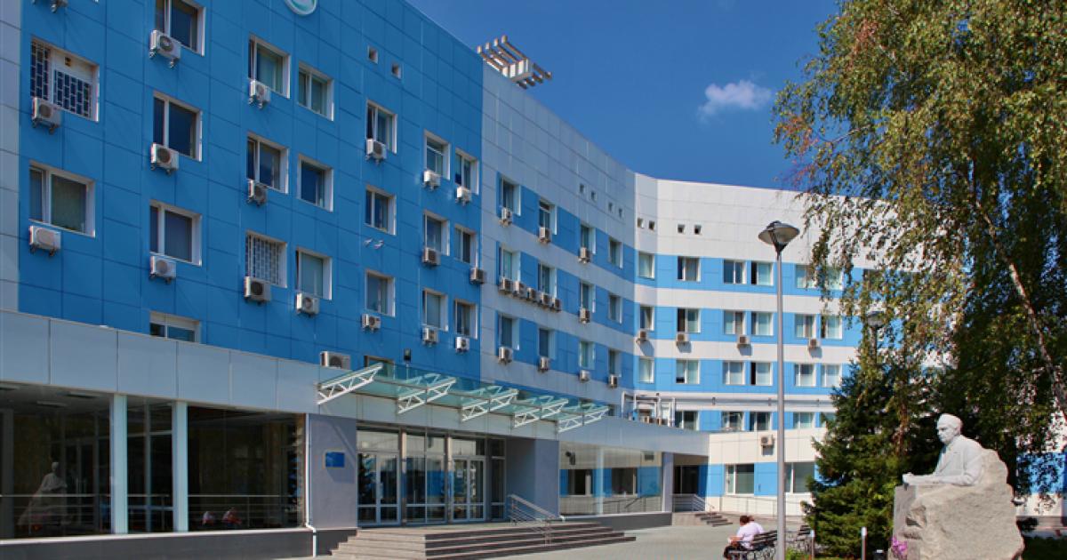 В Інституті Шалімова проводять слідчі дії через підозру у хабарництві трансплантолога – джерела