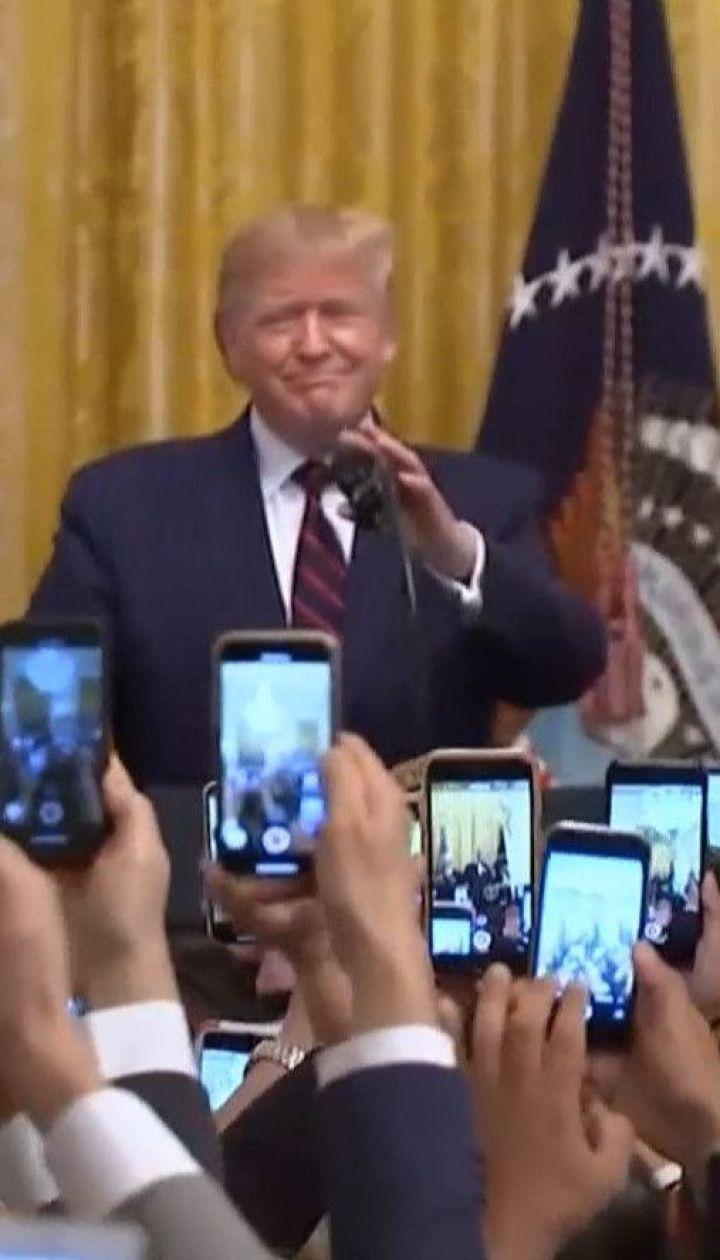 Трампа обвиняют в неоднократном использовании вице-президента США для давления на Зеленского