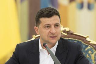 """Зеленський провідав """"Зе-школу"""" майбутніх нардепів у Трускавці"""