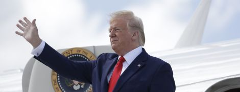 Трамп вирішив не підвищувати мита на китайські товари